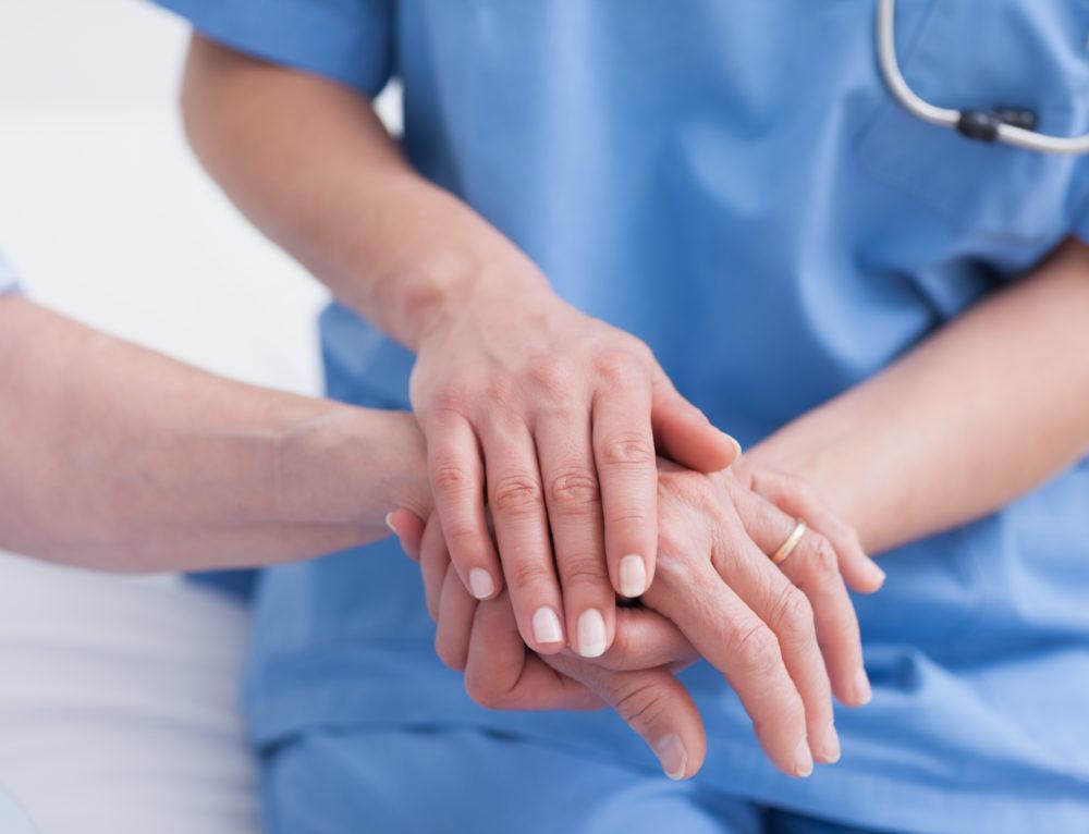 Cures auxiliars d'infermeria en pacients amb risc de lesions cutànies
